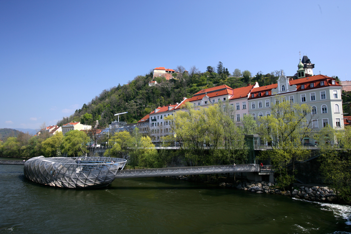 Murinsel (c) Graz Tourismus - Harry Schiffer